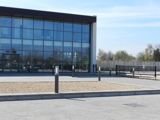 Vanhout – Nieuw zwembad te Beveren